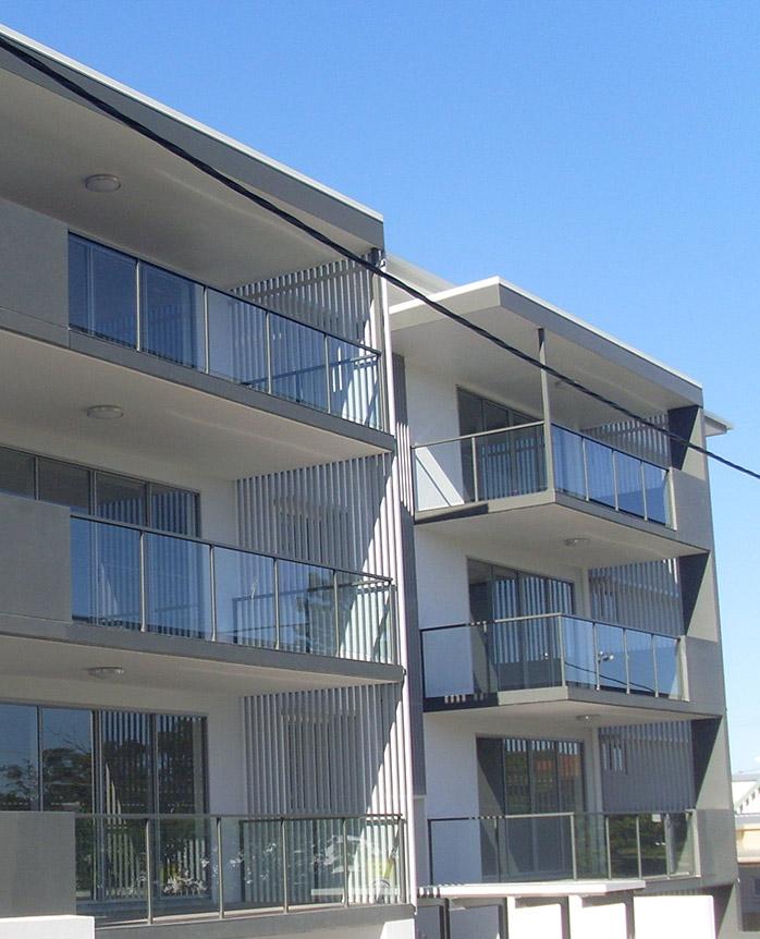 Stone Apartments, Gladstone